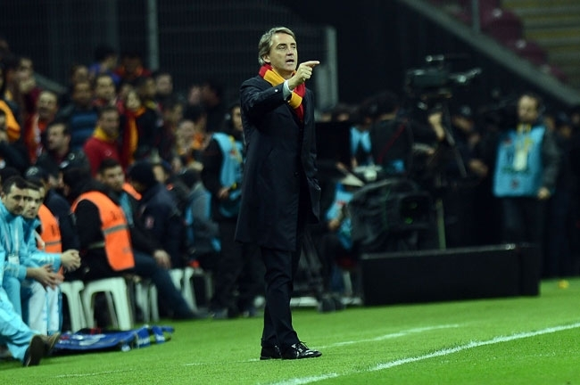 Derbinin galibi Galatasaray 25