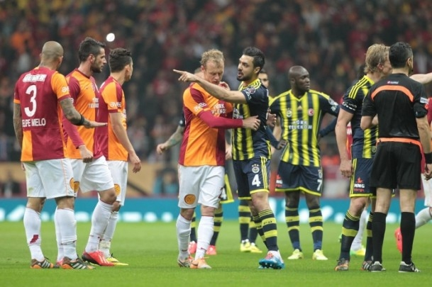 Derbinin galibi Galatasaray 44