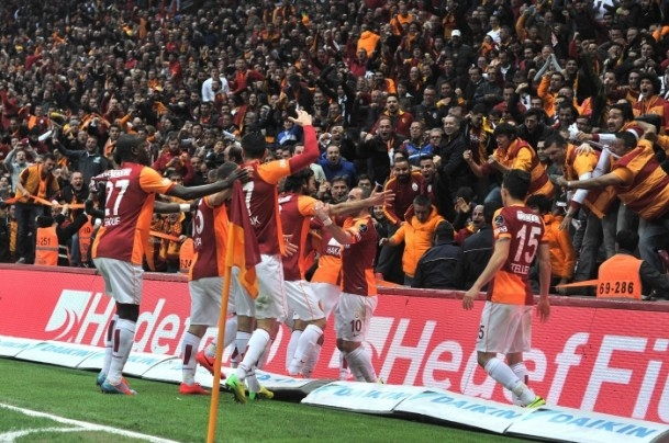 Derbinin galibi Galatasaray 45