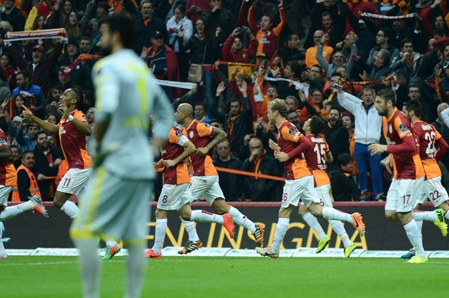 Derbinin galibi Galatasaray 6