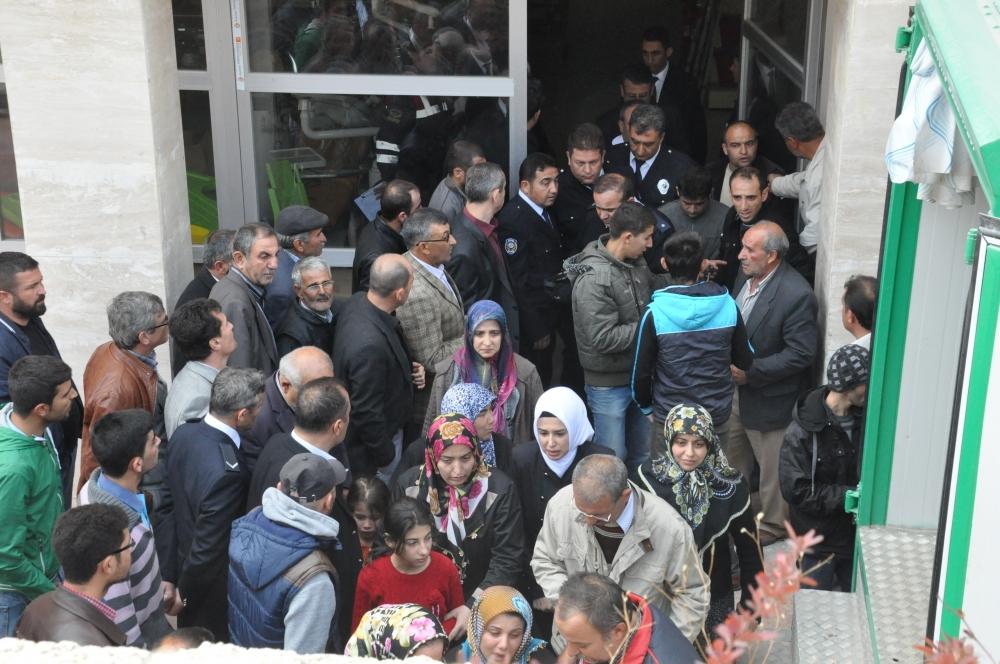 Konya'da kaza - Vefat eden 6 kişinin cenazesi toprağa verildi 3