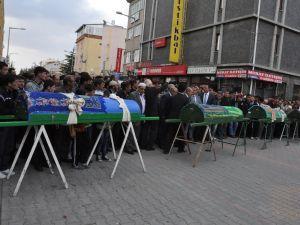 Konya'da kaza - Vefat eden 6 kişinin cenazesi toprağa verildi