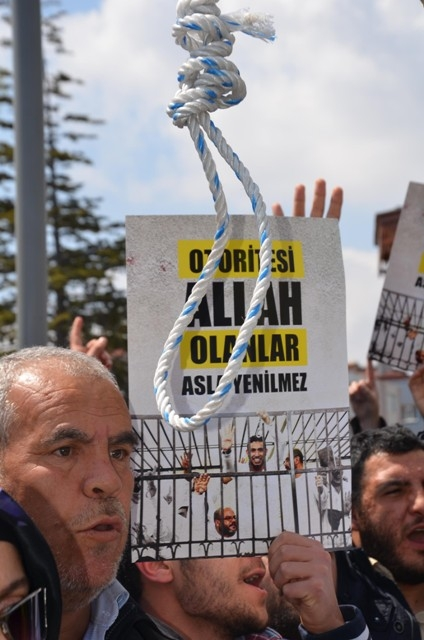 Mısır'daki idam kararları Konya'da protesto edildi 6