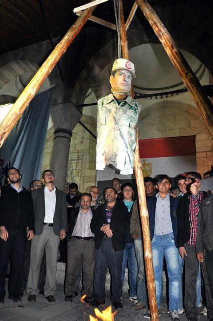 Mısır'da 528 kişinin idama mahkum edilmesi 7