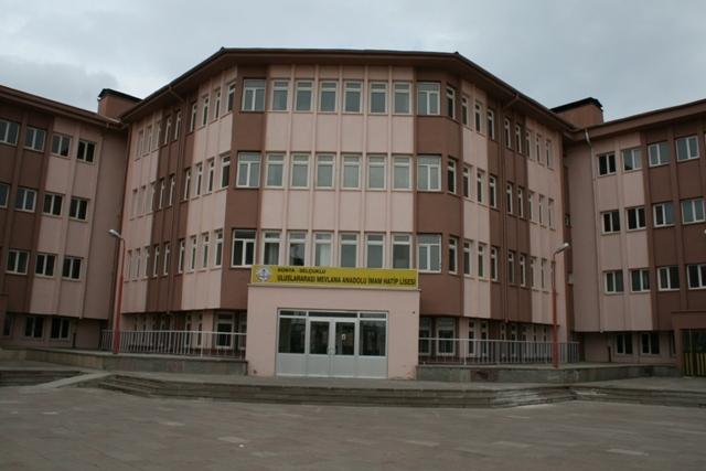 Uluslararası İHL öğrencilerinin Türkiye Anayurtları gibi 37