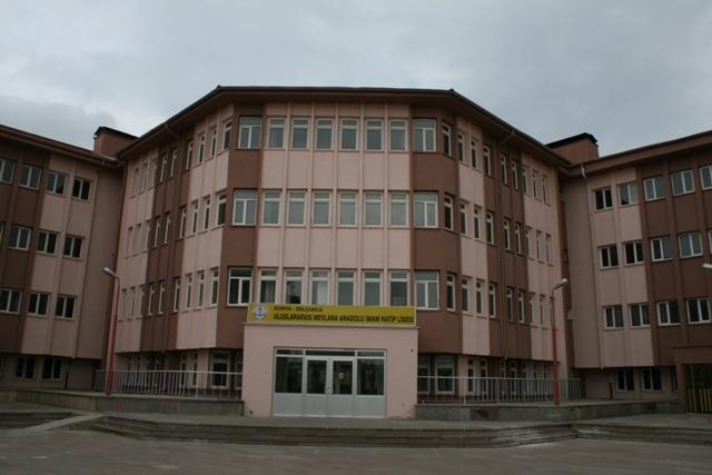 Uluslararası İHL öğrencilerinin Türkiye Anayurtları gibi 38