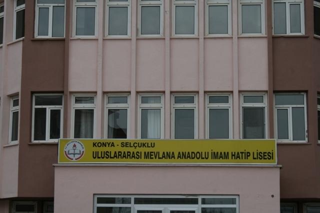 Uluslararası İHL öğrencilerinin Türkiye Anayurtları gibi 40