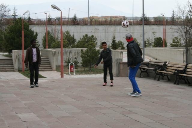 Uluslararası İHL öğrencilerinin Türkiye Anayurtları gibi 5