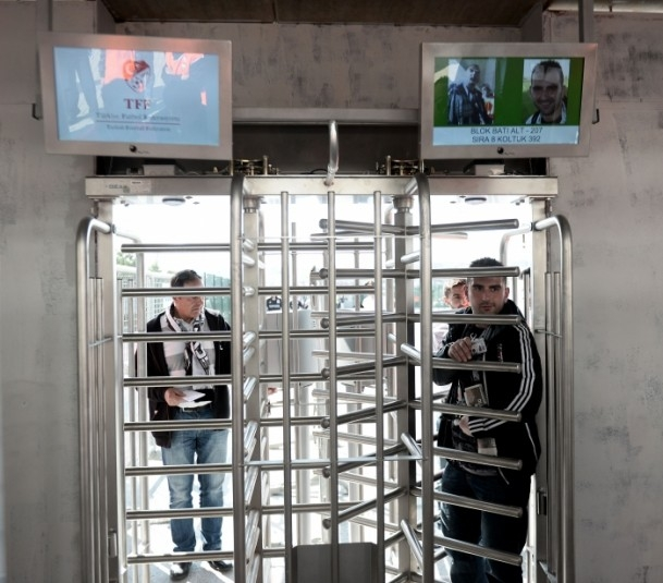 Beşiktaş-Fenerbahçe karşılaşması 13