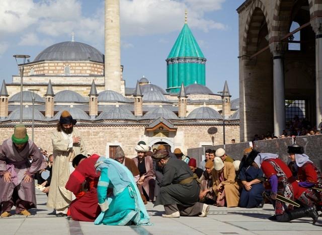 Mevlana'nın Konya'ya gelişinin 786. yıl dönümü 12