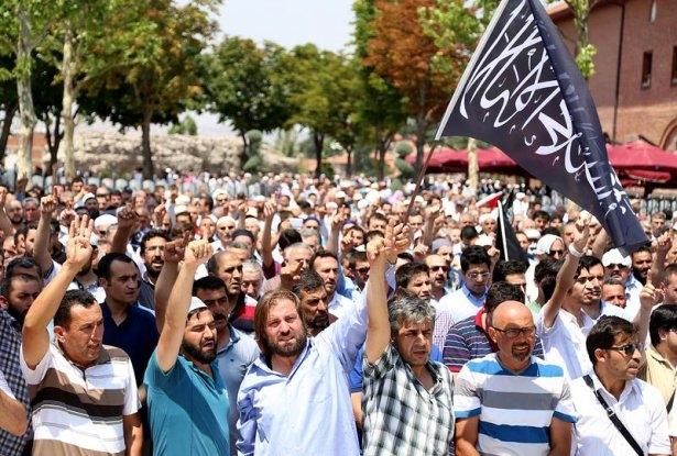Yüzbinler Gazze için sokaklara döküldü 4