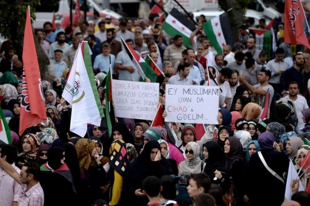 Yüzbinler Gazze için sokaklara döküldü 6