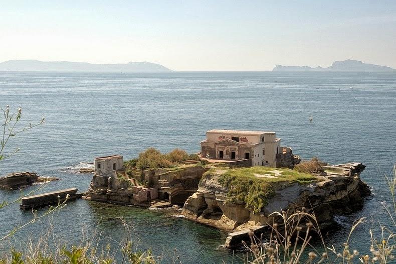 Dünyanın en ilginç adaları 11