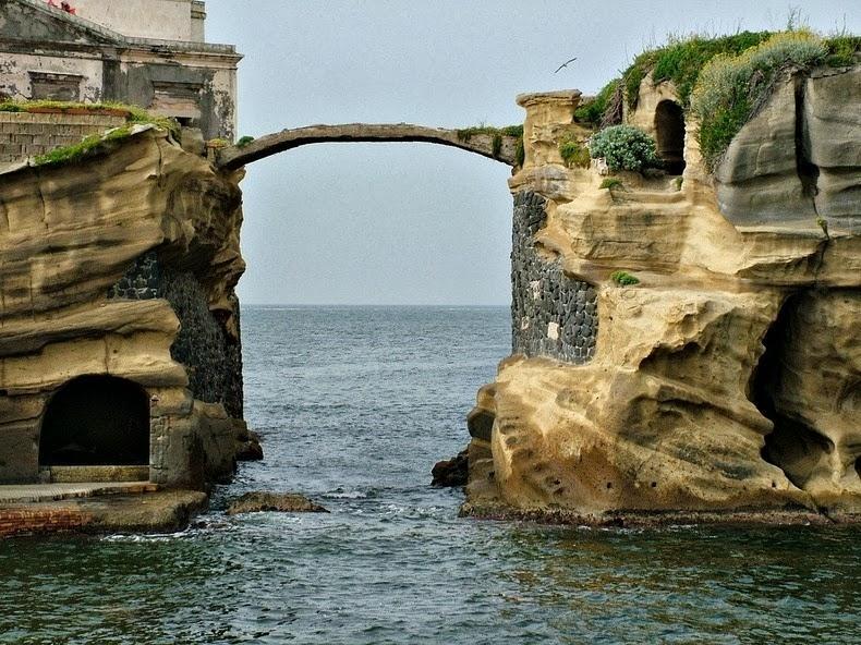 Dünyanın en ilginç adaları 13