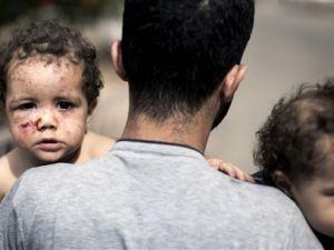 Google'da bir tane mutlu Gazzeli çocuk yok!