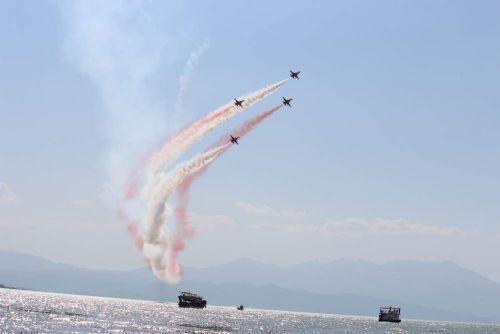 Türk Yıldızları'nın 'Mevlana' gösterisi nefes kesti 1