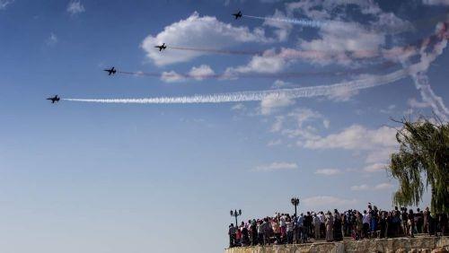 Türk Yıldızları'nın 'Mevlana' gösterisi nefes kesti 3