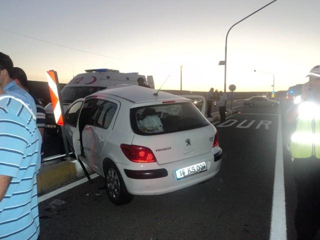 Konya'da kamyonla otomobil çarpıştı: 1 ölü, 3 yaralı 1