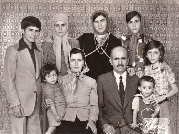 Anne Davutoğlu'nun fotoğrafını gözyaşlarıyla anlattı 11