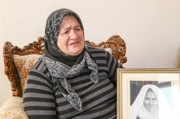 Anne Davutoğlu'nun fotoğrafını gözyaşlarıyla anlattı 3