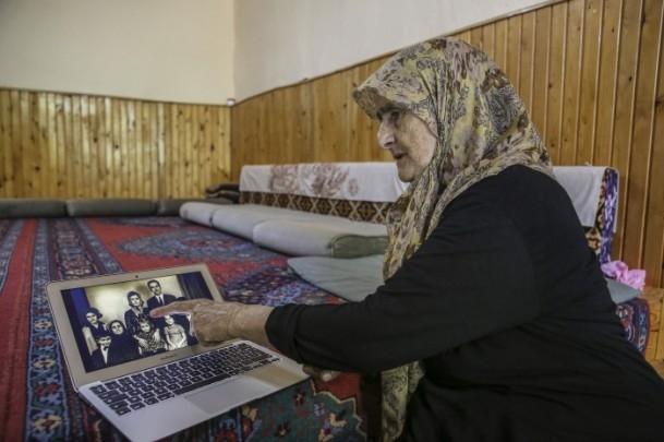 Anne Davutoğlu'nun fotoğrafını gözyaşlarıyla anlattı 5