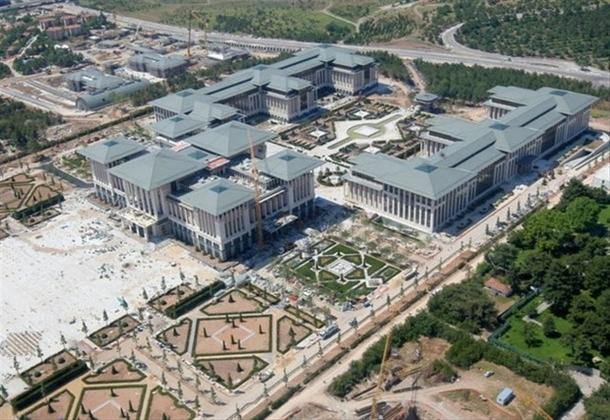 İskele kaldırıldı 'Başkanlık Sarayı' ortaya çıktı 31
