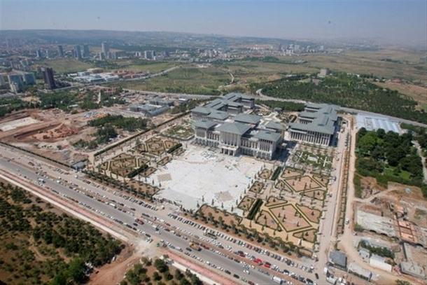 İskele kaldırıldı 'Başkanlık Sarayı' ortaya çıktı 34