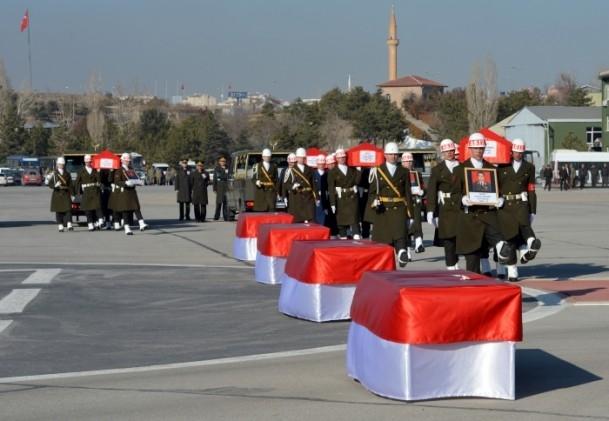 Şehit askerler memleketlerine uğurlandı 10