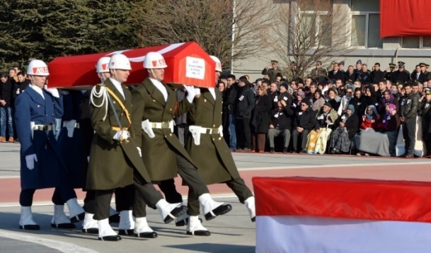 Şehit askerler memleketlerine uğurlandı 11