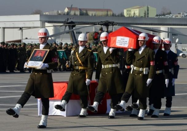 Şehit askerler memleketlerine uğurlandı 4