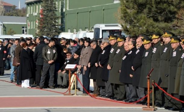 Şehit askerler memleketlerine uğurlandı 9