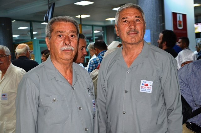 Konya'da ilk hacı kafilesi dualarla uğurlandı 9