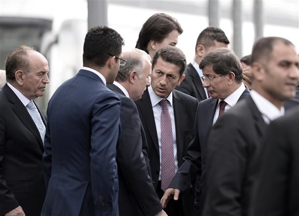 Davutoğlu Erbakan'ı ziyaret etti 5