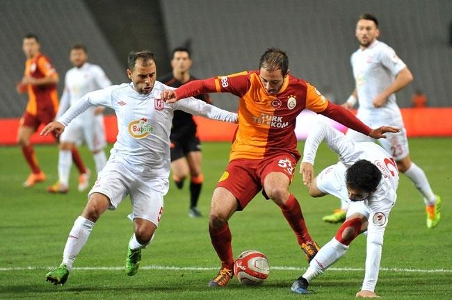 Galatasaray 4 Balıkesirspor 0 9