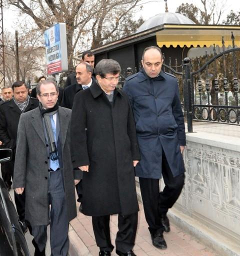 Ahmet ve Sare Davutoğlu Konya'daydı... 3