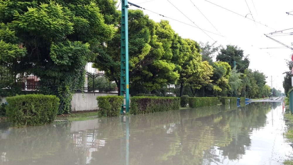 Konya'da yağış tramvay ulaşımını olumsuz etkiledi 10
