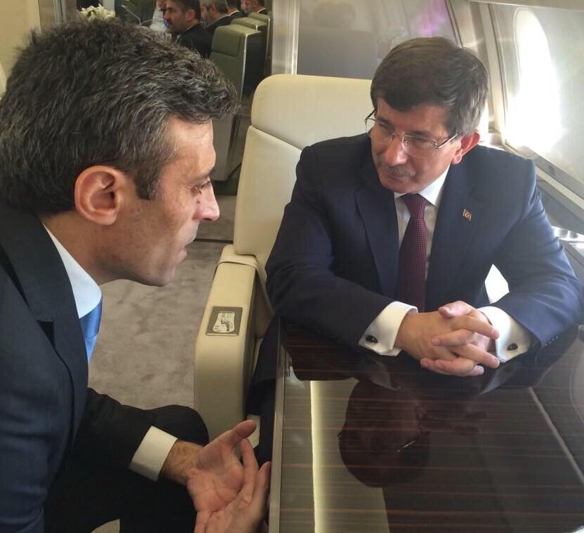 Başbakan Davutoğlu'nun rehinelerle kavuşma anı 7