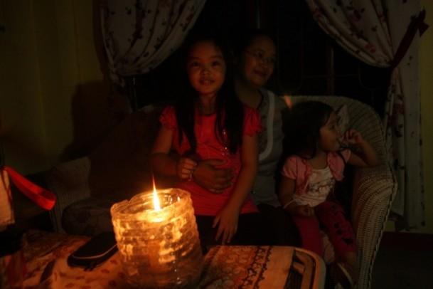 Filipinler'de mum ışığının aydınlattığı hayatlar 3