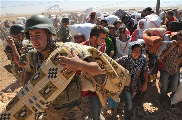 Mehmetçik Suriyelilerin yardımına koştu 20