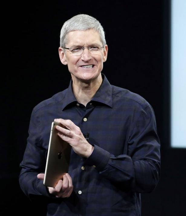 Apple merakla beklenen ürününü tanıttı 2