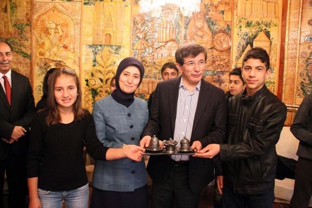 Davutoğlu, Osmanoğlu ailesiyle buluştu 2