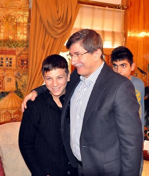 Davutoğlu, Osmanoğlu ailesiyle buluştu 3