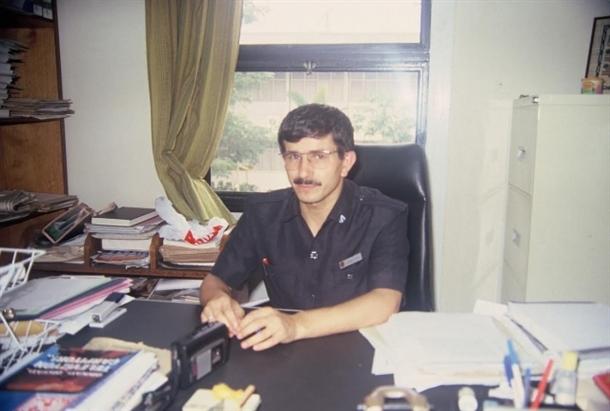 Davutoğlu'nun 22 yıl önceki fotoğrafları 1