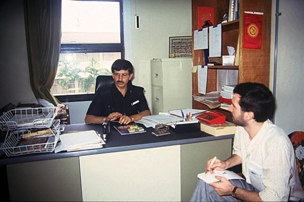 Davutoğlu'nun 22 yıl önceki fotoğrafları 3