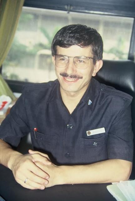 Davutoğlu'nun 22 yıl önceki fotoğrafları 4