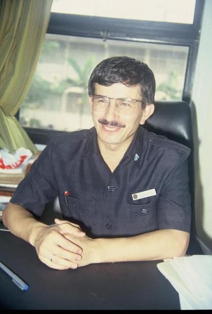 Davutoğlu'nun 22 yıl önceki fotoğrafları 5