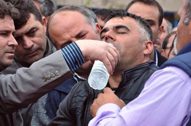 Şehit Ramazan Gülle'yi son yolcuğuna uğurlandı 8