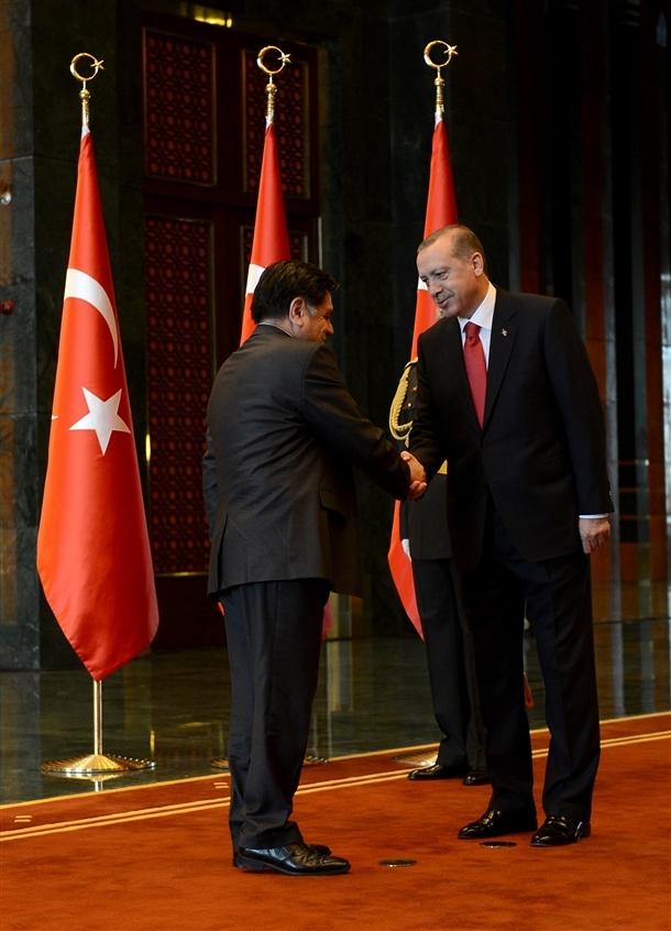 Erdoğan Beştepe'de tebrikleri kabul etti 11