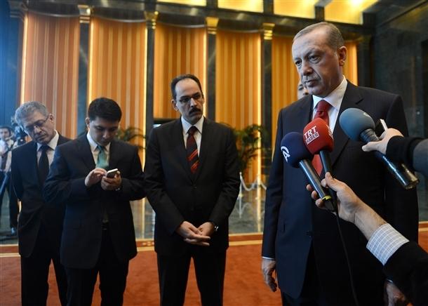 Erdoğan Beştepe'de tebrikleri kabul etti 16