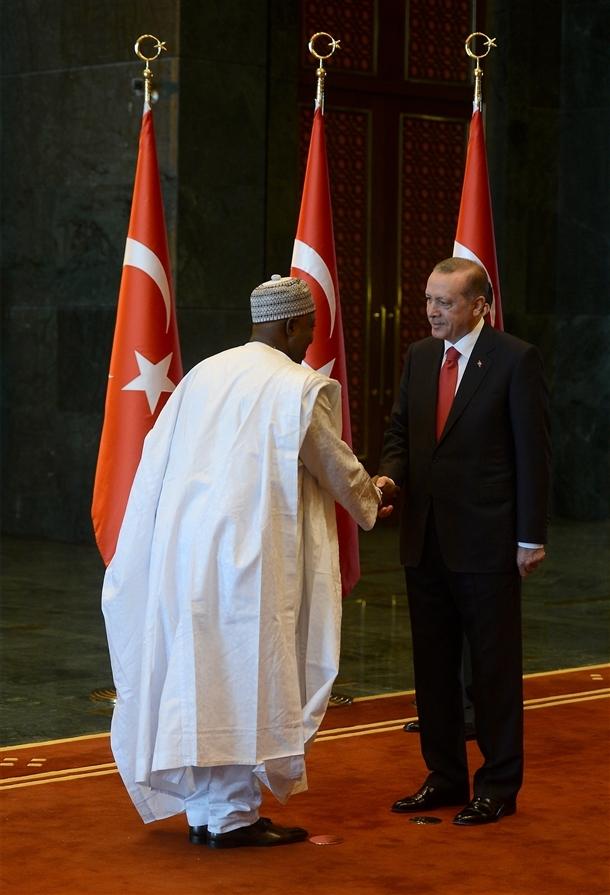 Erdoğan Beştepe'de tebrikleri kabul etti 19